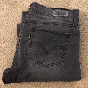 Levi's 524 Too Super Low Jean size 9 W29 L32